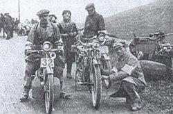 1913 - concorenti al Kirstone Pass, Lake District